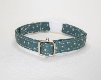 Galaxy Space 'Stars on Green' cat collar breakaway /green cat collar, stars cat collar, celestial cat collar, kitten collar, Crafts4Cats