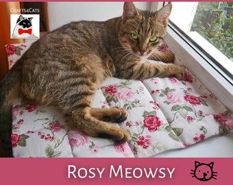 Cat bed sleeping mat - quilt style floral pet sitting place mat - rose print cat / kitten placemat - machine washable pet mat