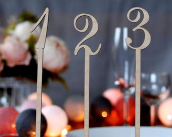Table numbers with foot, Wedding table numbers with stand, Wood table numbers, Selfstanding table numbers, Rustic wedding, TN-16