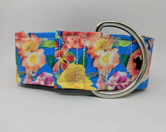 Floral dog collar: available in martingale or buckle styles