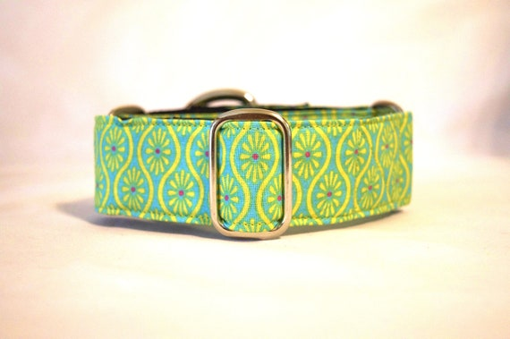 Green Retro Print Martingale Dog Collar: SILVER HARDWARE