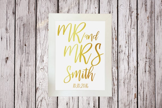 Personalised Mr /& Mrs Wedding Gold Silver Foil Print Custom Name Sign Decoration