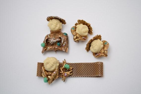 women jewelry girl gift Vintage brooch women brooch vintage gold tone metal jewelry mother of pearl beads jewelry women gift girls brooch girl