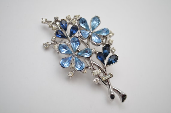 Vintage Flower bouquet brooch pin 1950s, Trifari f