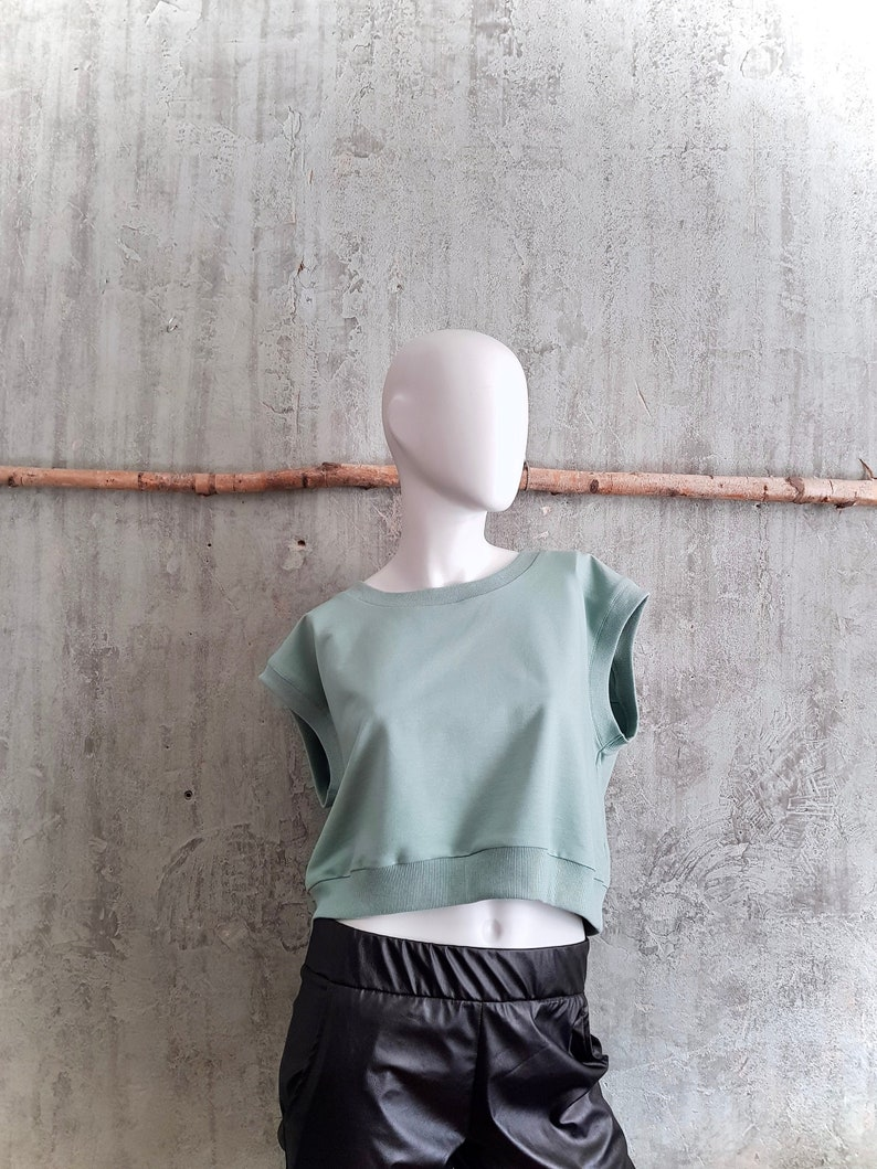 sleeveless sweater in retro style mint grey casual sweater image 0