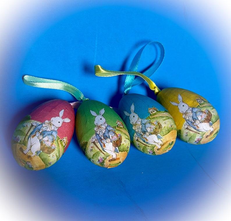 Papier-m\u00e2ch\u00e9 Decorative Easter Egg Decorations
