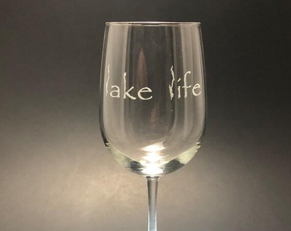 Lake George Lake Life - Etched 18.5 oz Stemmed Wine Glass