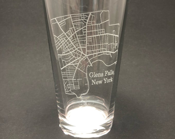 Glens Falls Street Map - Etched Pint Glass - Glens Falls