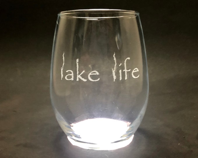 Lake George Lake Life - Etched 15 oz Stemless Wine Glass