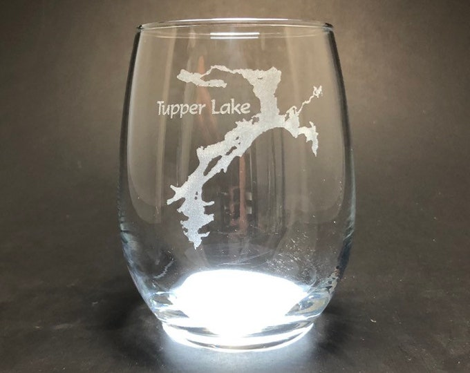 Tupper Lake - Etched 15 oz Stemless Wine Glass