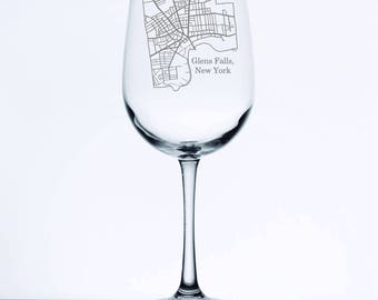 Glens Falls Street Map - Etched 18.5 oz Stemmed Wine Glass