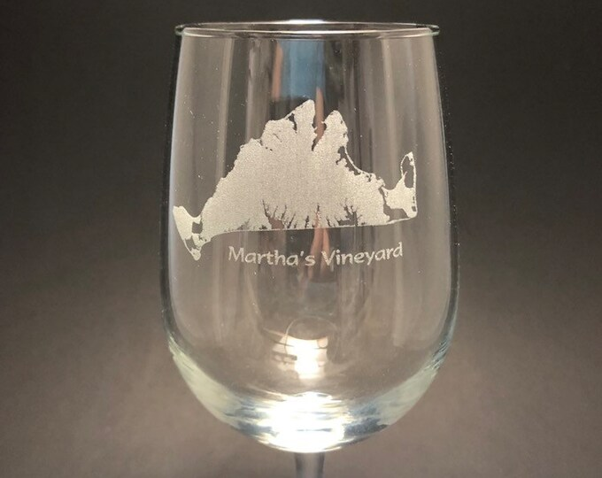 Martha's Vineyard - Etched 18.5 oz Stemmed Wine Glass