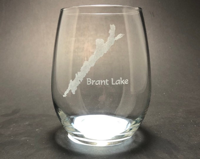 Brant Lake - Etched 15 oz Stemless Wine Glass