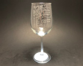 Glens Falls New York Street Map - Etched 18.5 oz Stemmed Wine Glass
