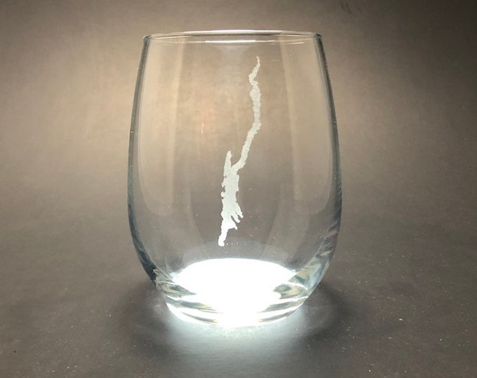 Lake George - Etched 15 oz Stemless Wine Glass
