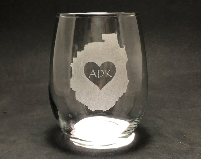 Adirondack Park with Heart - Etched 15 oz Stemless Wine Glass