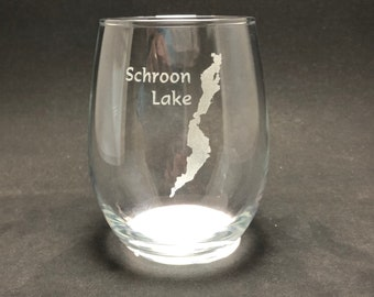 Schroon Lake - Etched 15 oz Stemless Wine Glass