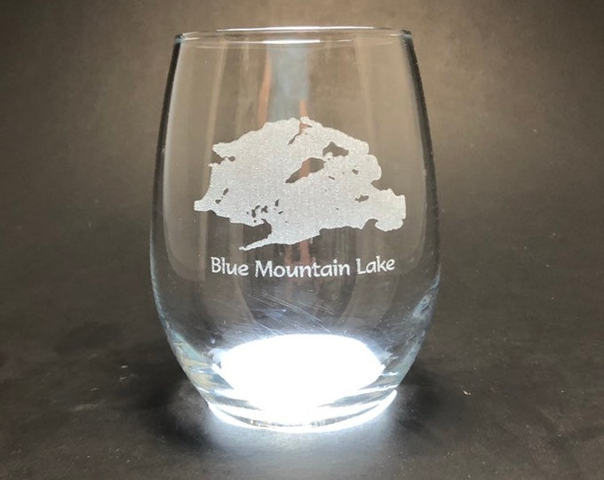 Blue Mountain Lake - Etched 15 oz Stemless Wine Glass