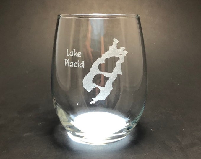 Lake Placid - Etched 15 oz Stemless Wine Glass