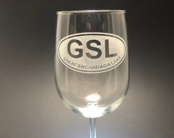 The Great Sacandaga - Etched Euro Sticker Style  18.5 oz Stemmed Wine Glass
