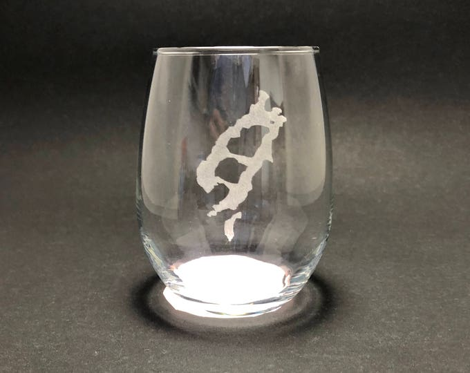 Lake Placid and Mirror Lake - Etched 15 oz Stemless Wine Glass
