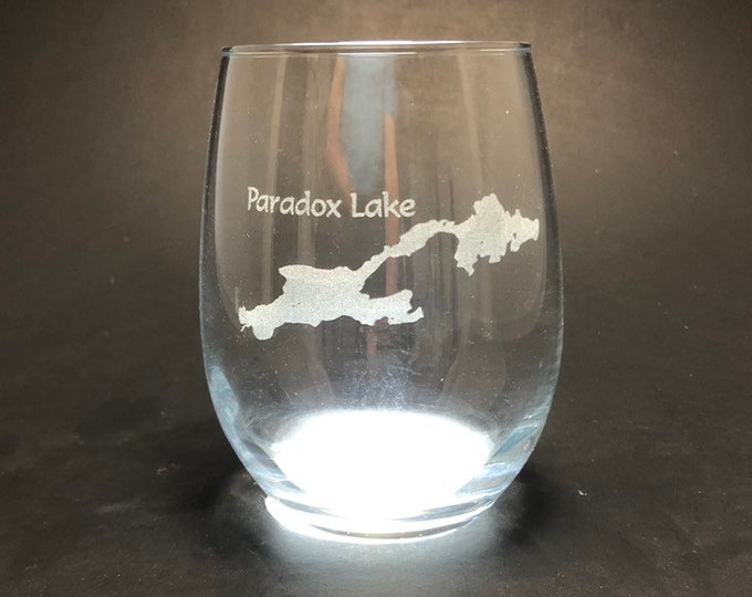 Paradox Lake - Etched 15 oz Stemless Wine Glass
