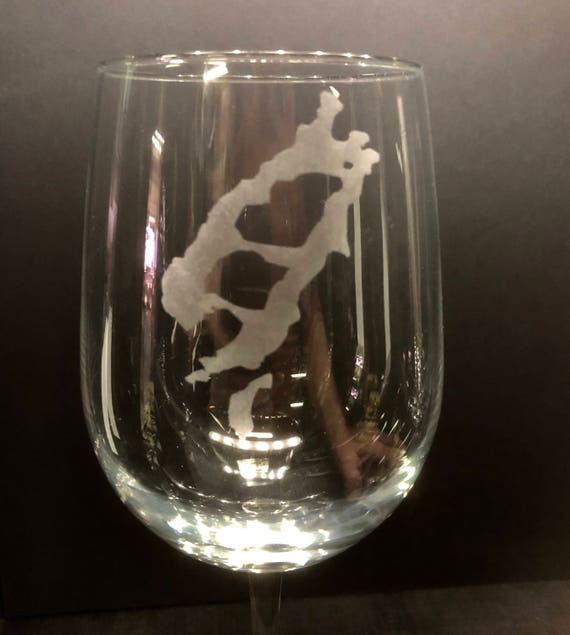 Lake Placid and Mirror Lake  - Etched 18.5 oz Stemmed Wine Glass