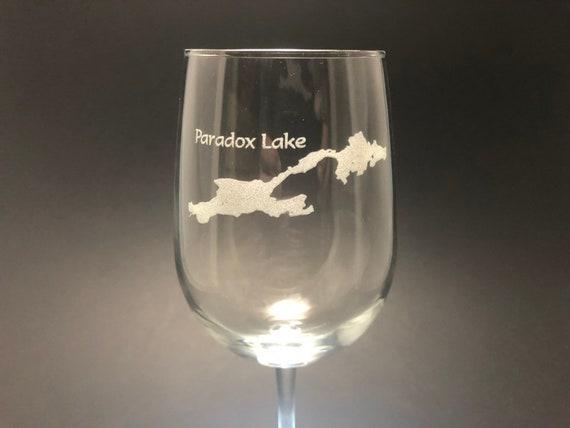 Paradox Lake - Etched 18.5 oz Stemmed Wine Glass - Paradox Lake, New York