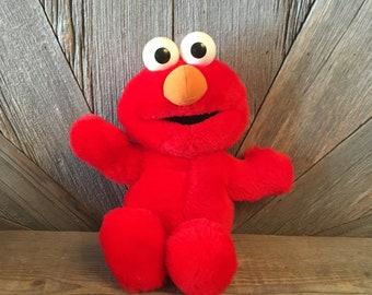 d3a82cc3231 Vintage Tickle Me Elmo Giggles  Stuffed Laughing Sesame Street Battery  Plush Toys Tyco 1995  Red Stuffed Animal 90s Toy Nursery Baby Shower