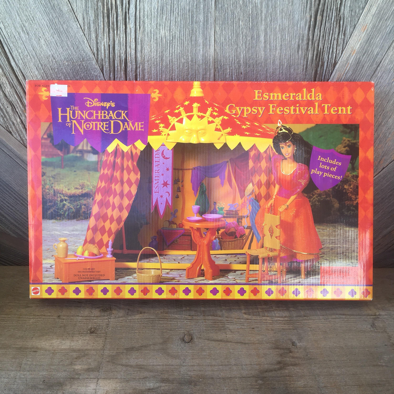 Vintage Disney Hunchback of Notre Dame Esmeralda Necklace /& Ring New Children/'s