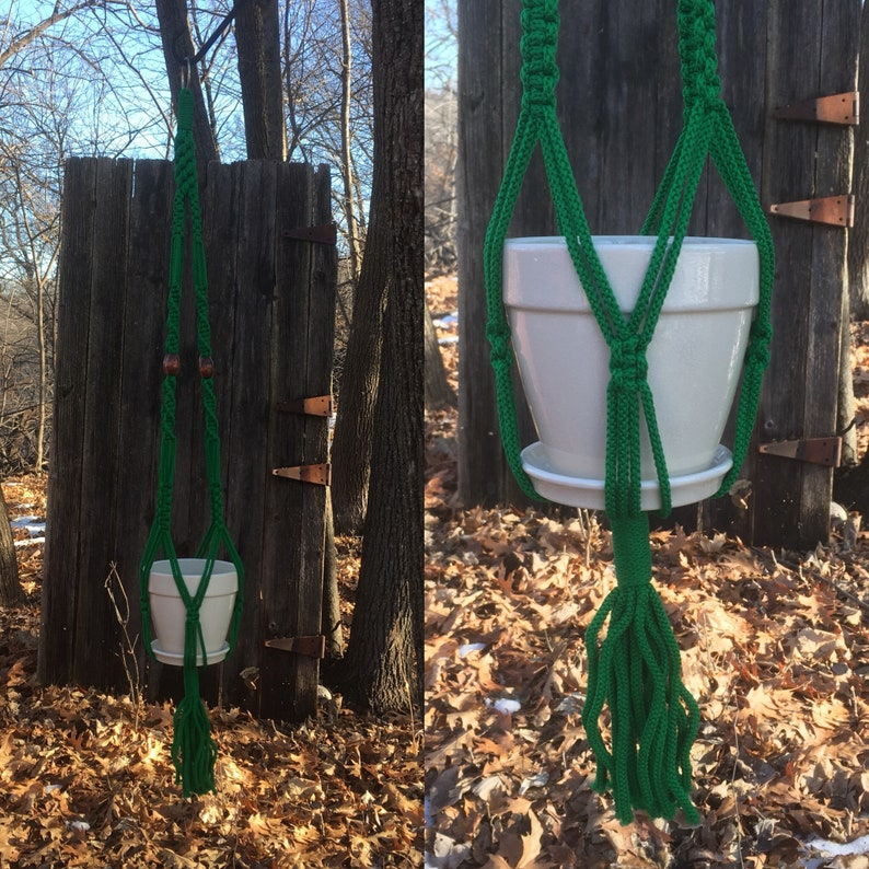 Vintage Macrame Plant Hanger Heavy GREEN Macrame Planter Coastal Garden Art Hanging Pot Plant Holder 1970s Boho Home Decor Hand Made BRIGHT