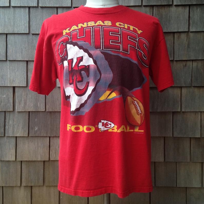 cheap for discount 02155 5519e 90s vintage Kansas City Chiefs T shirt - Large