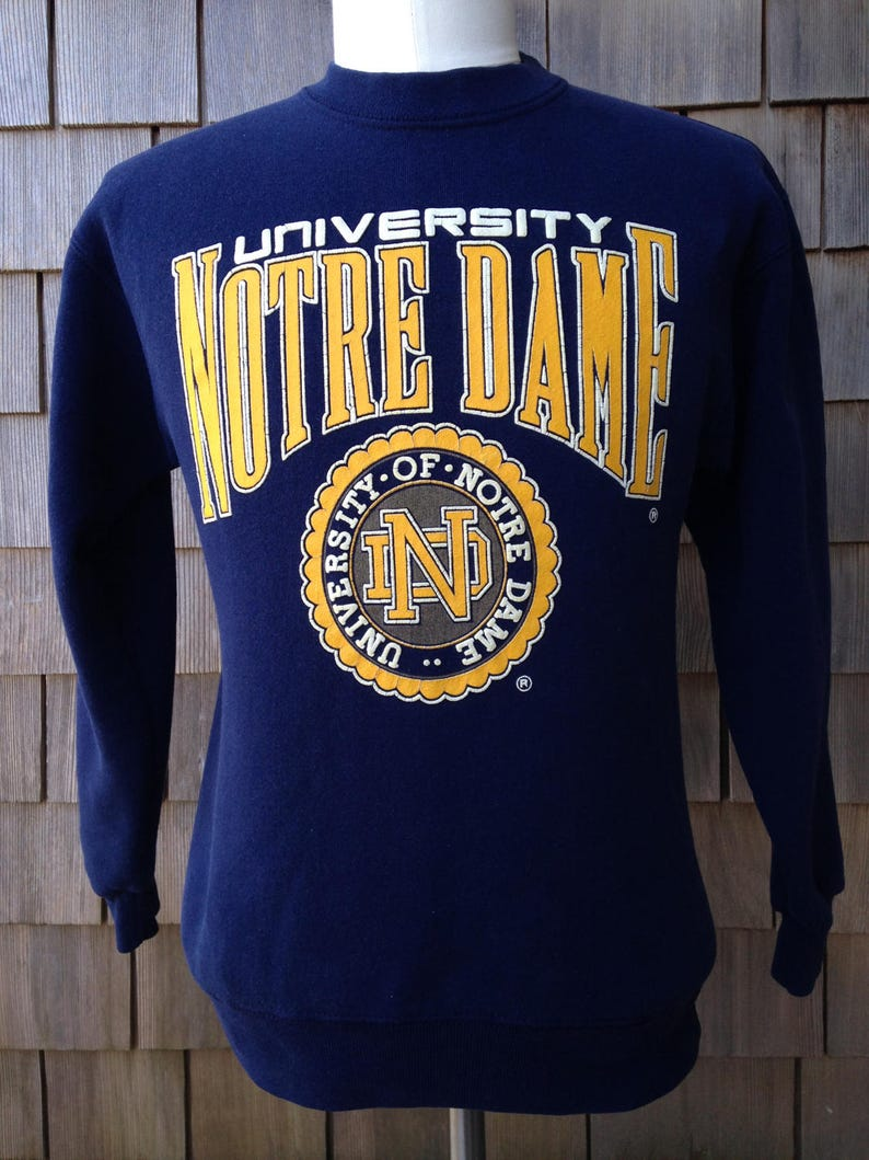 a50d16c238cad Vintage NOTRE DAME Fighting Irish Sweatshirt Small