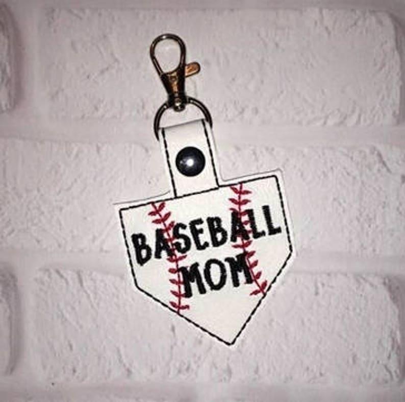 Baseball Mound Key Chain Baseball keychain Sports Tag  image 0