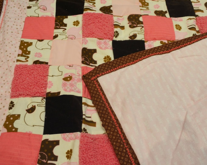 Baby Quilt Blanket with Texture, Elephants with Colors of Pink and Brown