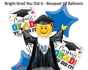 Bright Grad - You Did It - Bouquet - Congrats Graduation Smiley Face Emoji Grad Cap Party Balloon Bouquet