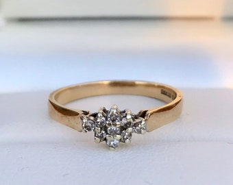 Vintage 9ct Gold Diamond Cluster Engagement Ring 4dd65b588f1a