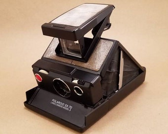 Polaroid SX-70 Land Camera Model 3 *FREE SHIPPING*