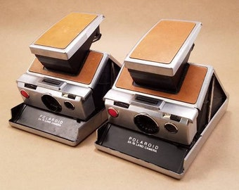 Polaroid SX-70 - for parts - listing is for 1, but 2 are available
