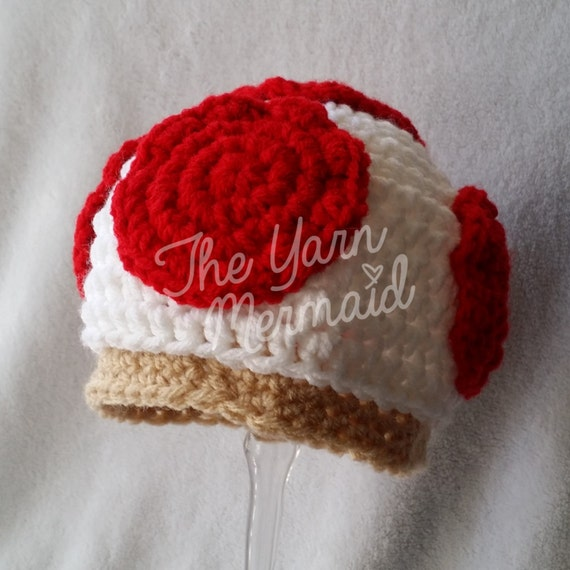 3dd463aba8f6 Super Mario Bros Toad Toadette champignon au Crochet bonnet   Etsy