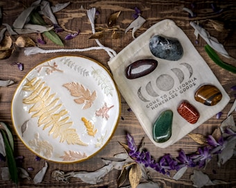 Leaf Imprinted Clay Trinket Tray AND Crystals Gift Set