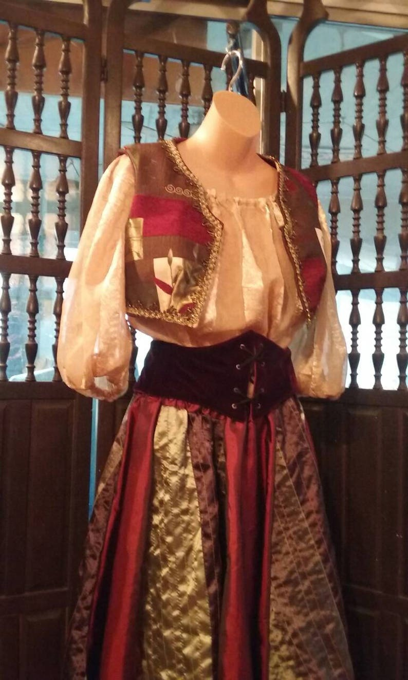 Jasmine would love this  five piece dance outfit women/'s  medium sized 30 inch waist