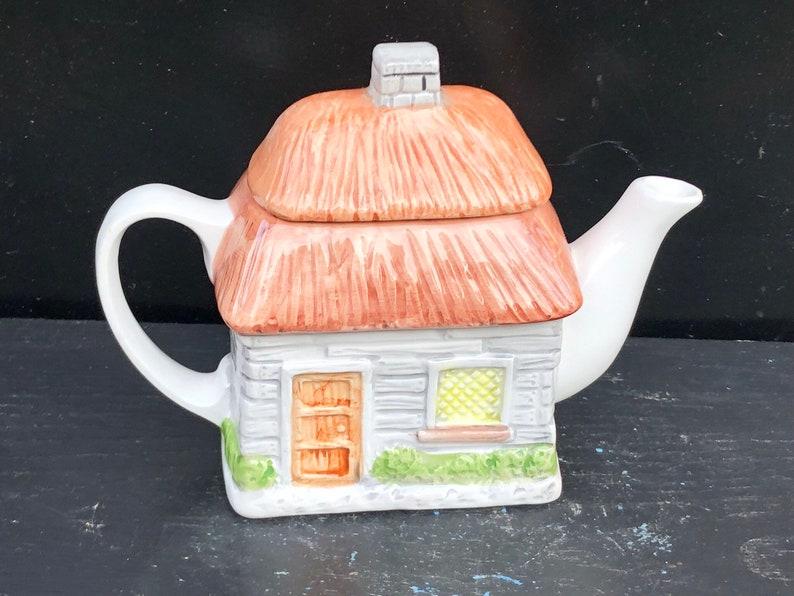 Vintage Ceramic Teapot,House Teapot,Cottage Teapot,Decorative Teapot,Rare Teapot,Garden Teapot,Collectible Teapot,Brown Teapot,Collectors