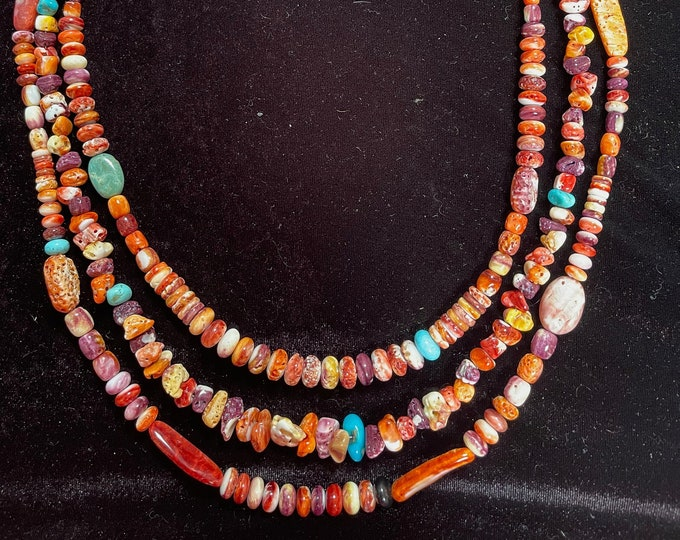 Spiny Oyster Orange, Red, Purple, different shapes, 3 Strand