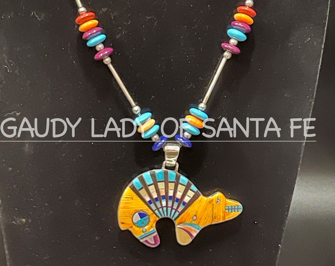 Spiny Oyster Bear Necklace Inlaid