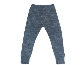 Raw denim legging