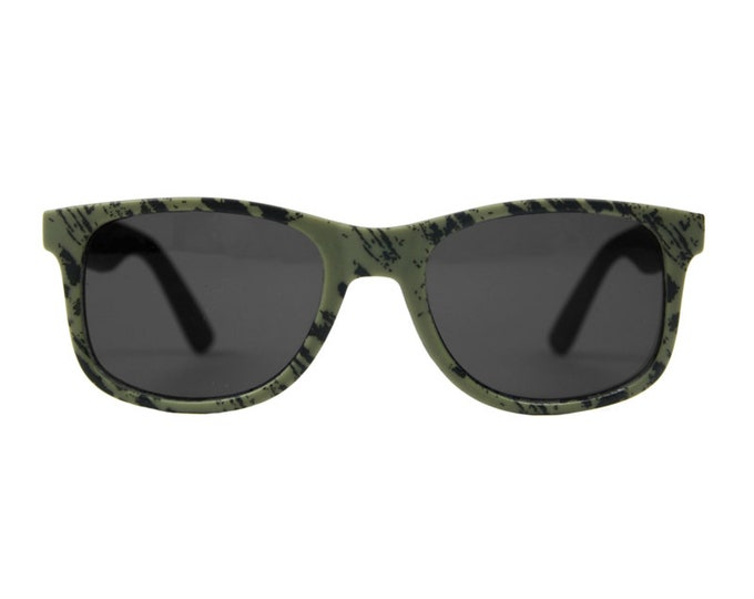 KIDS khaki sunglasses