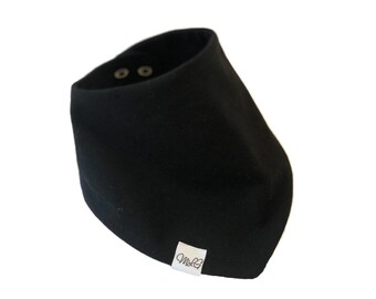 Black bandana bib