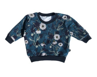 Loose Blue Marguerites Sweat