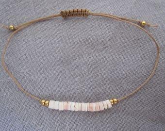 Bracelet shell heishi beads